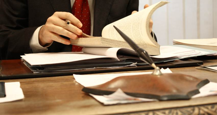 مشاوره در پرونده های تجاری